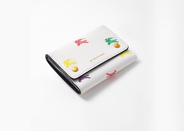 005280a9af34 2019年の幕開けは、最愛ブランドの財布から! Vol.3 三つ折り財布19